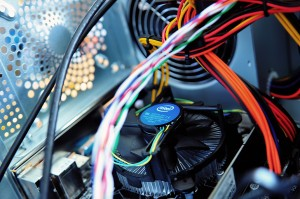 computer-motherboard-pc-wires-fullscreen